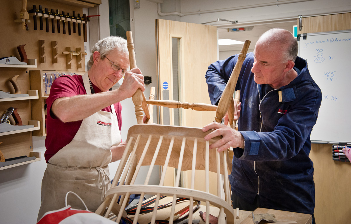 Skill-Centre-Windsor-Chair-course---March-2011-17