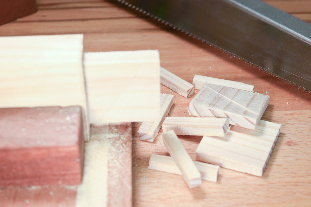 Sawing of tenon waste