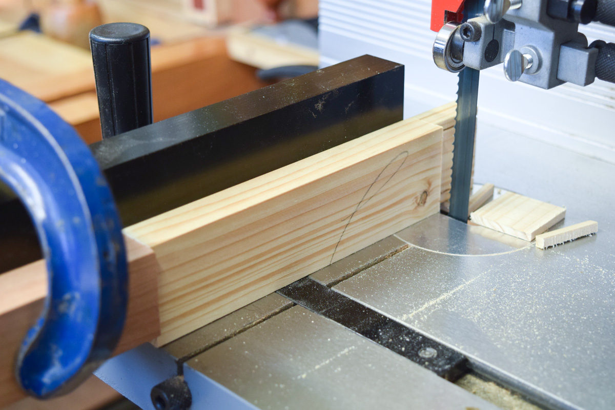 Sawing off tenon cheeks