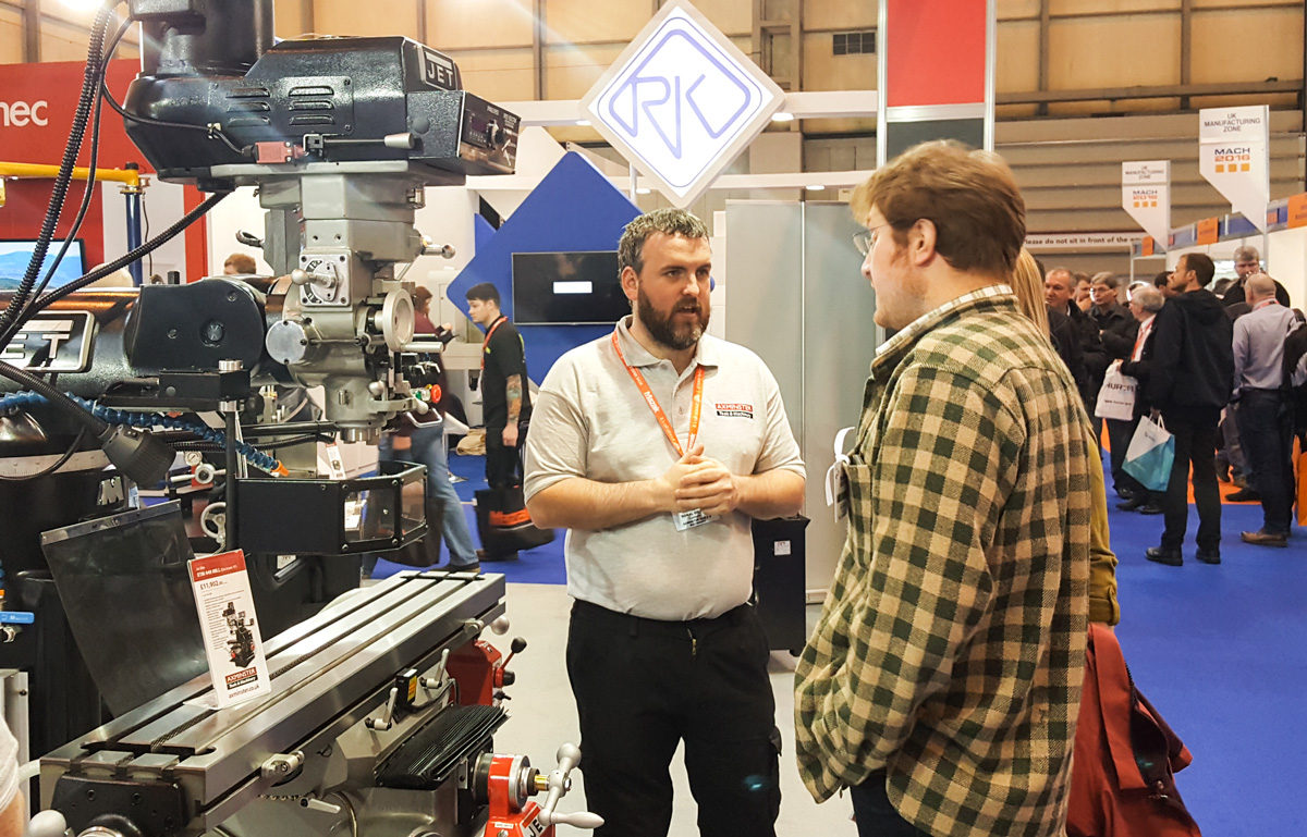 Donal Grogan explaining the finer points of a Jet Elite mill