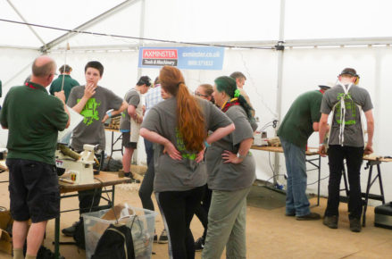 hands_on_woodturning_for_young_people_01