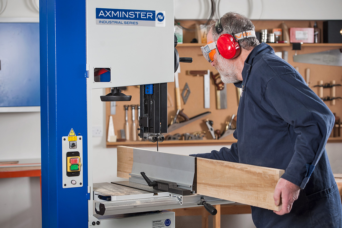 Axminster Industrial Series SBW3501H3 Bandsaw