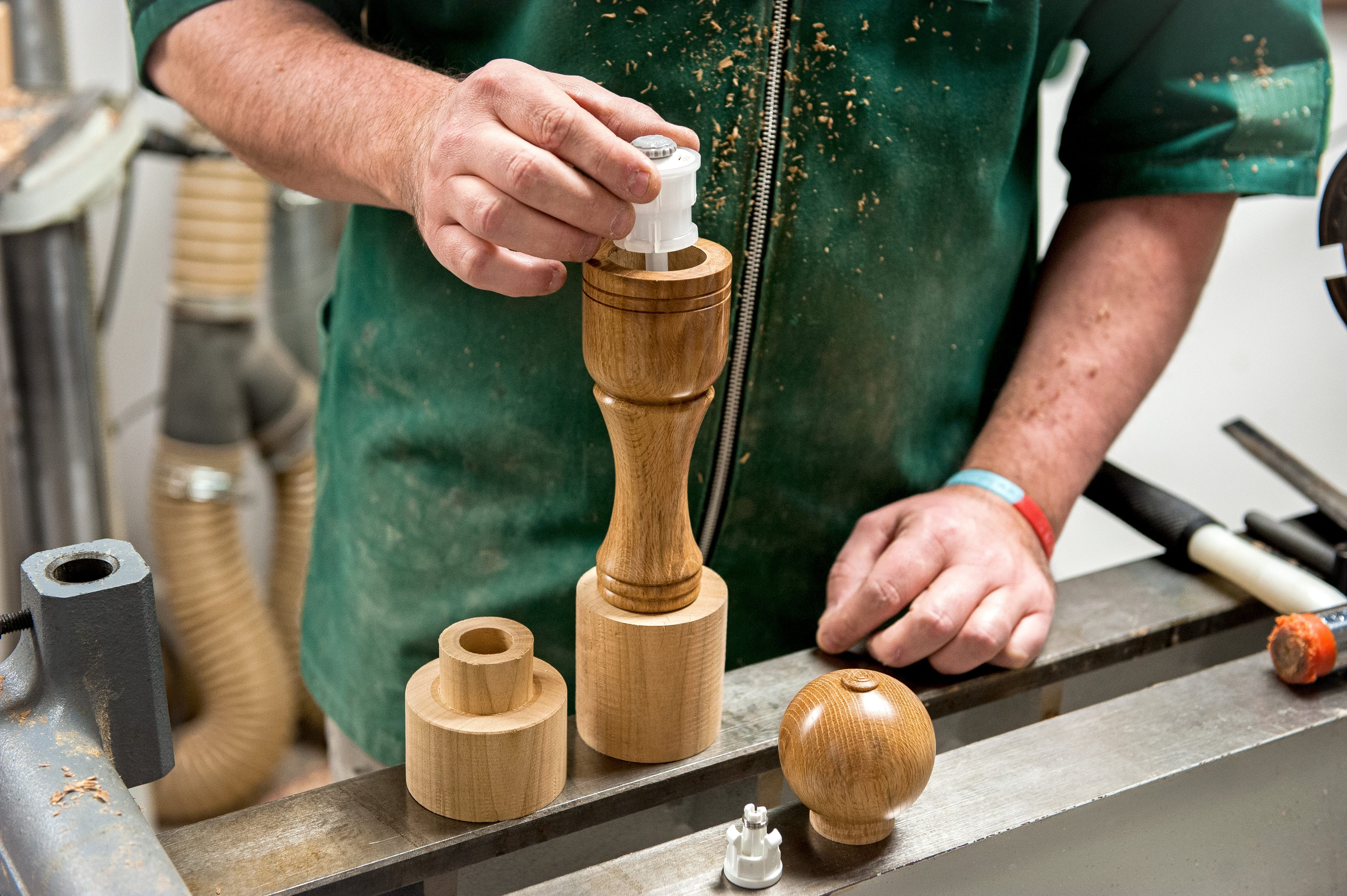 How To Woodturn A Pepper Mill The Knowledge Blog
