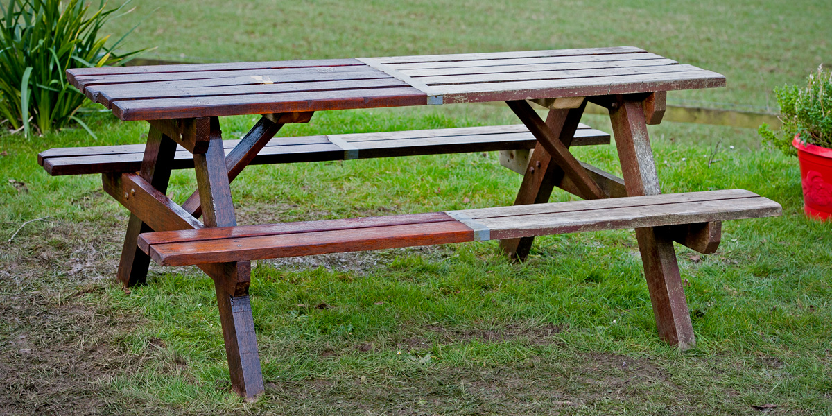 Garden Furniture Makeover Step By, How To Make Simple Garden Furniture