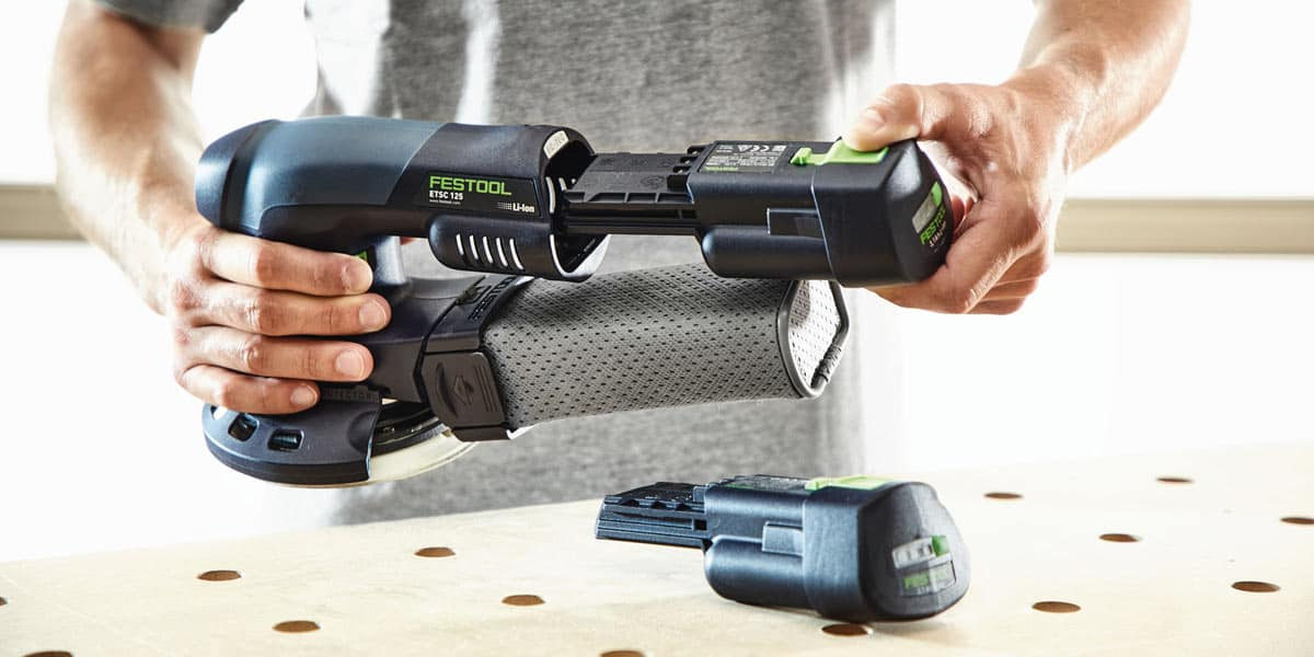 Festool Circular Sander Inserting Battery