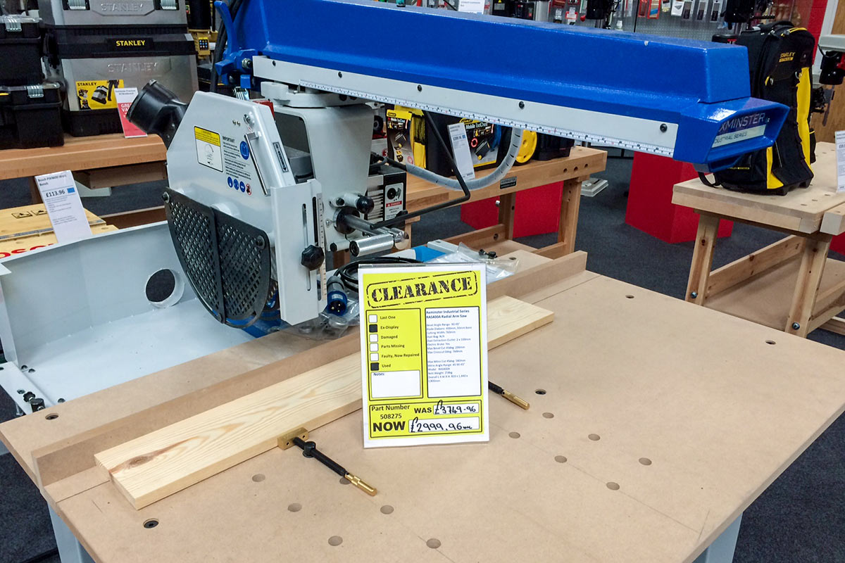 Axminster Industrial Radial Arm Saw 415V, used once for a demonstration. Now only £2,999.96 (was £3,749.96)