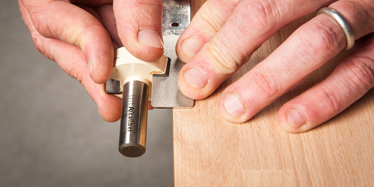 Router bit sharpening